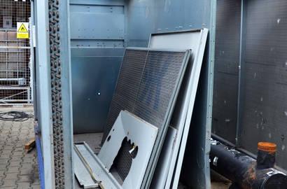 Zbytky demontovaného zařízení