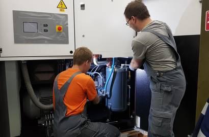 Servis kompresoru v dílně
